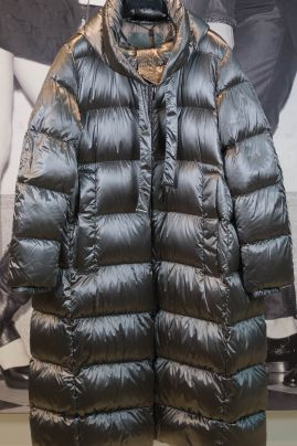 S´MaxMara down jacket